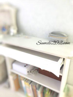 イケアの本棚リメイク 飾り板をペイント
